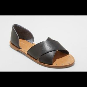 Universal threads Lois Crossband Sandals! Size 7.5
